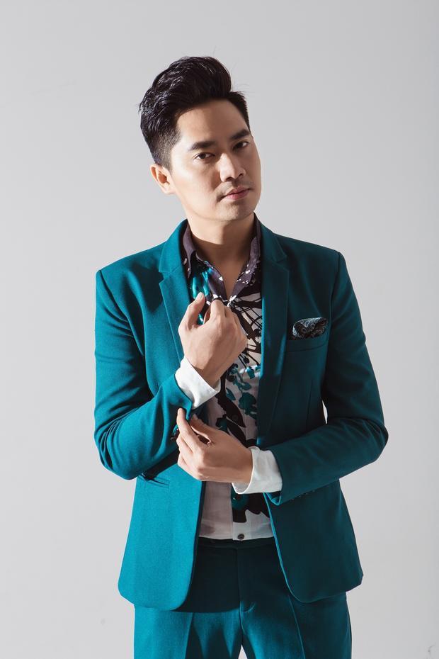 Trước khi bước vào nghệ thuật thứ bảy rồi sân khấu ca nhạc, Minh Luân từng là người mẫu sáng giá của làng thời trang. Sở hữu ngoại hình sáng, chiều cao chuẩn 1,8m và gương mặt dễ thương, điều đó là lợi thế giúp anh thể hiện tốt trong những shoots ảnh thời trang.