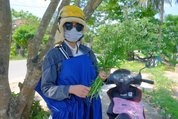 Không phải suy nghĩ đau đầu mua quần áo cho mùa du lịch. Ảnh: Nguyễn Tài Linh.