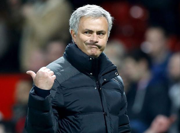 Jose Mourinho tuyên bố những ai không thích làm việc với ông có thể ra đi.