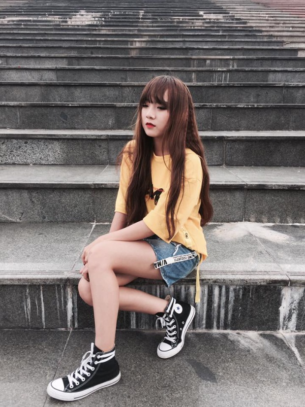 Gặp nàng lớp trưởng cực xinh trong MV Mình cùng nhau đóng băng gây sốt của Thùy Chi  Tiên Cookie
