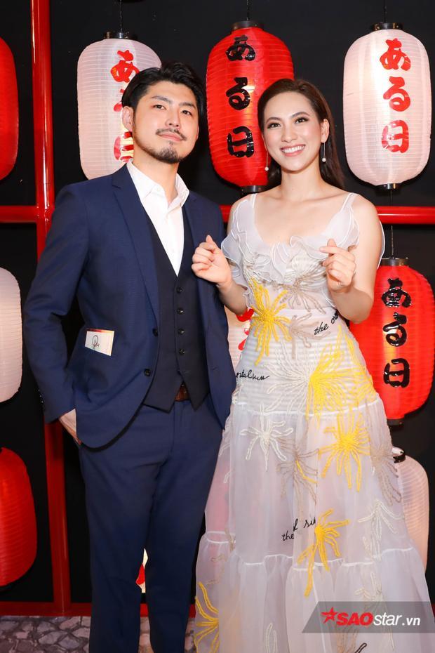Cặp đôi nam nữ chính: Phương Anh Đào và Takafumi Akutsu.
