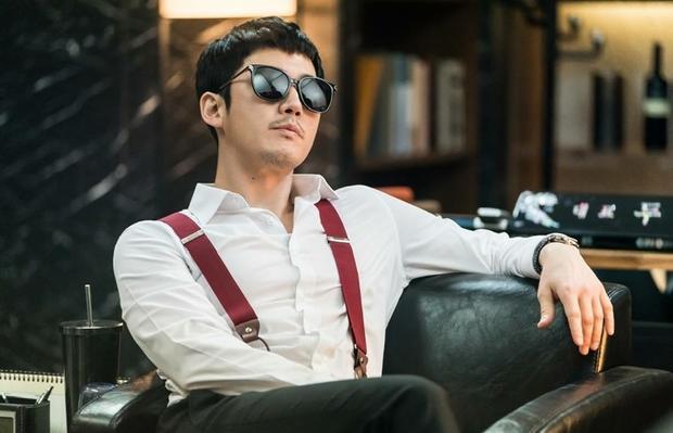 Tài tử điển trai Jang Hyuk.