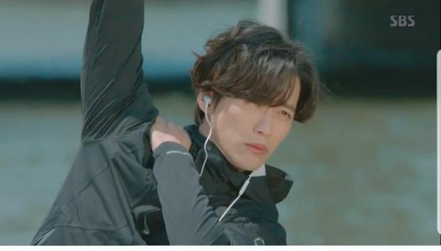 Sau 7 năm mới tái hợp với Nam Goong Min nhưng Hwang Jung Eum đã bị netizen Hàn chê đủ đường