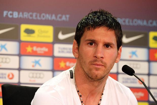Messi rất ít khi tham gia họp báo và các cuộc phỏng vấn trực tiếp, anh thường chỉ trả lời các câu hỏi qua mail.