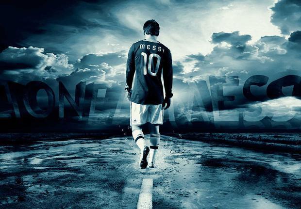 Với Messi, chúng ta sẽ chỉ nhận được những khoảnh khắc đặc biệt trên sân cỏ. Một khi rời khỏi thảm cỏ sân bóng, Messi sẽ biến mất.