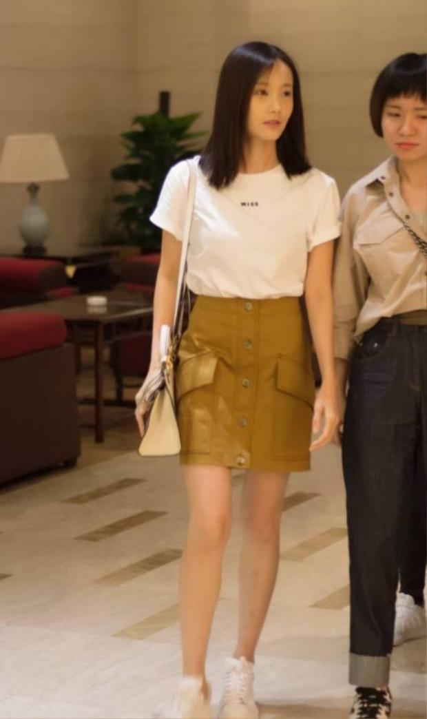 Hàng loạt phim khai máy: Đường Yên và La Tấn chia cách, Trần Kiều Ân yêu trai trẻ Trương Nghệ Hưng
