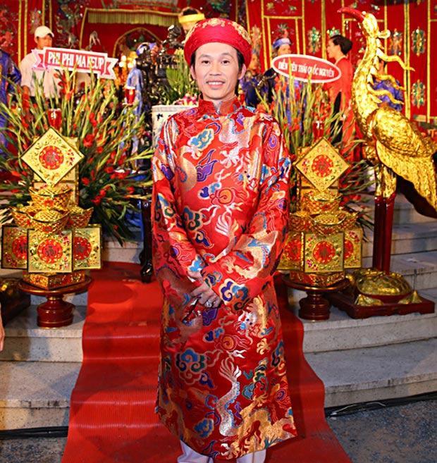Những cống hiến của NSƯT Hoài Linh khiến công chúng ngưỡng mộ dù chẳng đánh bóng tên tuổi.