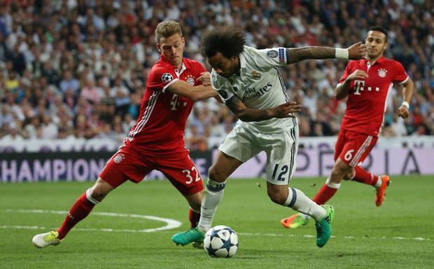 Trong lối chơi Gegenpressing, các hậu vệ cánh tấn công là đặc sản và 2 đại diện tiêu biểu là Joshua Kimmich của Bayern Munich và Marcelo của Real Madrid.