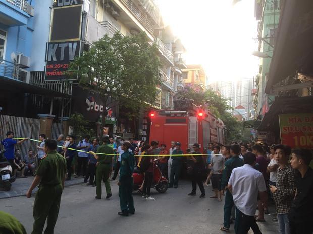 Xe cứu hỏa nhanh chóng có mặt.