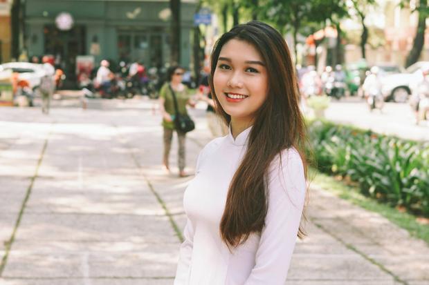 Nguyễn Thị Hồng Nga - SBD 019