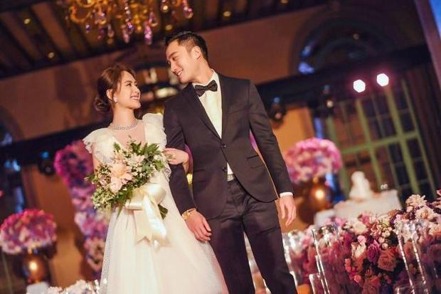 Cô dâu Chung Hân Đồng vẫn đẹp tựa sương khói sau 10 năm scandal lộ ảnh sex, và đây là lý do