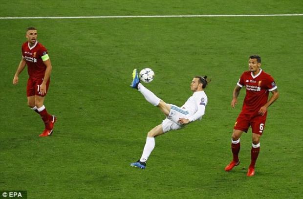 SỐC: Ronaldo có thể rời Real ngay mùa hè này và Bale cũng doạ sẽ ra đi