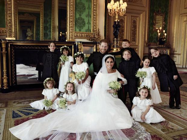 Meghan Markle là cô dâu hoàng gia đầu tiên phát biểu trước các khách mời trong đám cưới, phá bỏ nghi thức Hoàng gia. Ảnh: EPA