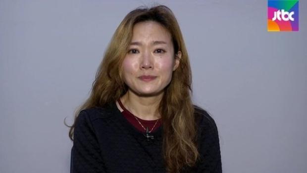 Uhm Ji Young khóc lóc kể tội trạng của Oh Dal Soo.