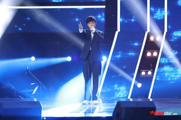 Những bản cover kẻ tám lạng, người nửa cân với bản gốc tại The Voice 2018!
