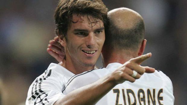 Tài năng trẻ Pavon & siêu sao Zidane - một chính sách sai lầm trong quá khứ của Real Madrid mà HLV Zidane hiện tại kiên quyết dẹp bỏ.