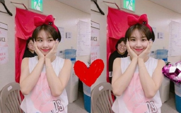 Các cô nàng đáng yêu như Chaeyoung hãy thử kiểu trang điểm cá tính một lần nhé!