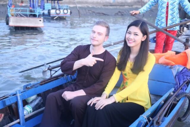Kyo York chọn Việt Nam là nơi sinh sống và phát triển sự nghiệp.