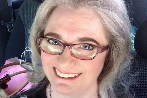 Bà Yvonne Mason, giáo viên tiếng Anh đã về hưu. Ảnh: Facebook