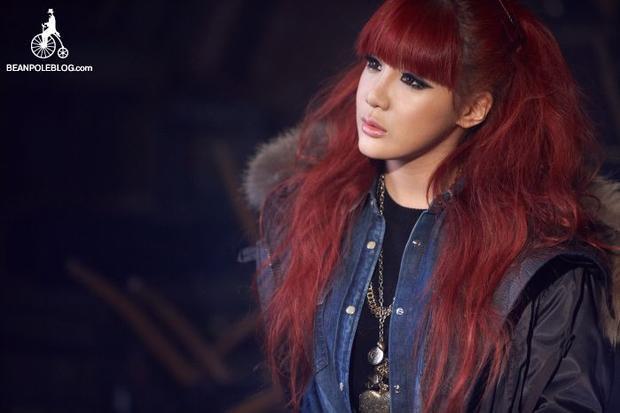 """Cùng Minzy rời xa YG sau khi đã hết hạn hợp đồng, Park Bom đã có những dấu hiệu đầu tiên quay lại con đường ca hát sau 4 năm """"ở ẩn"""" im hơi lặng tiếng hoàn toàn."""