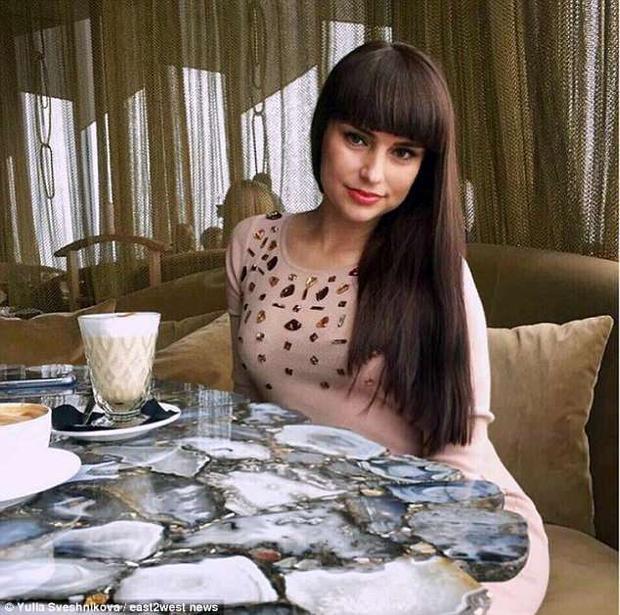 Yulia đã đánh bại 2.000 ứng viên để trở thành vợ của triệu phú Nga.