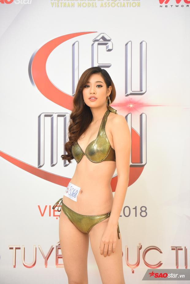 Được biết đến khi tham gia Hoa hậu Hoàn vũ Việt Nam 2015, Khánh Vân là một người đẹp chắc hẳn sẽ khiến nhiều thí sinh khác phải dè chừng trong Siêu mẫu Việt Nam năm nay.