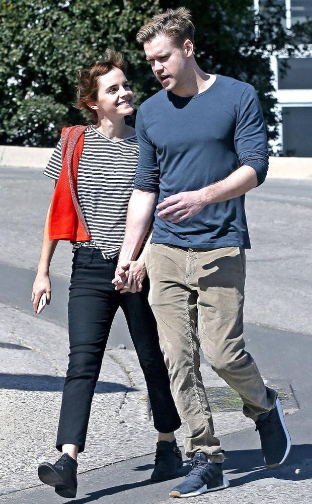 Cặp đôi nổi tiếng chia tay sau nửa năm mặn nồng.