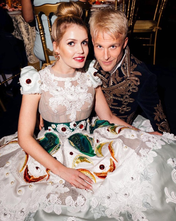 Phong cách sang chảnh nhất nhì Hoàng gia Anh của cháu gái công nương Diana khiến ai cũng ngẩn ngơ