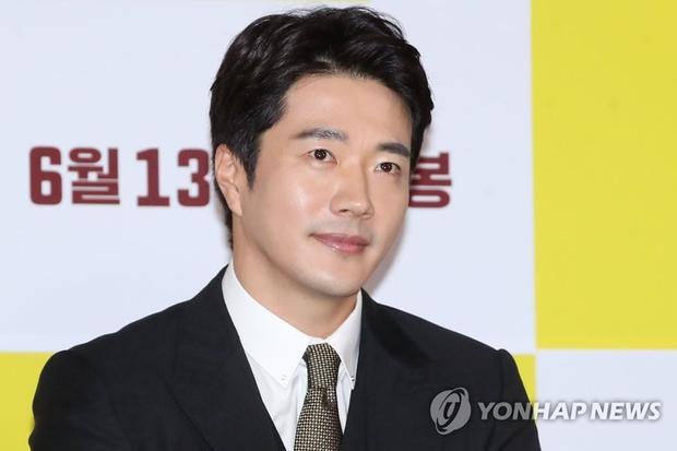 Nam diễn viên nổi tiếng với diễn xuất đỉnh - Kwon Sang Woo.