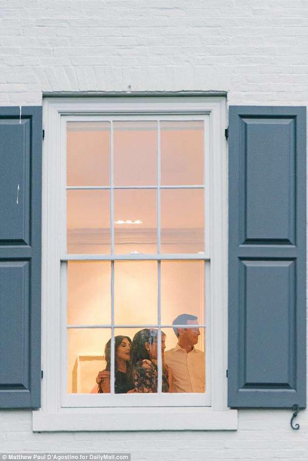 Kardashian gặp vợ chồng Ivanka tại nhà riêng. Ảnh: Daily Mail