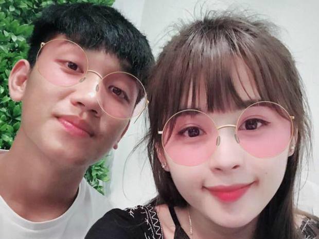 """Bạn gái của """"hot boy sân cỏ"""" Nguyễn Trọng Đại là Ma Hương Thảo, 23 tuổi, đến từ Tuyên Quang."""