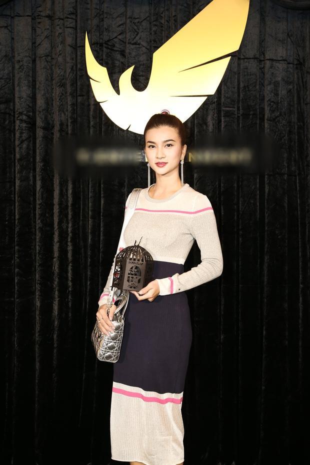 Diễn viên Kim Tuyến có mặt để ủng hộ Thuỷ Top.