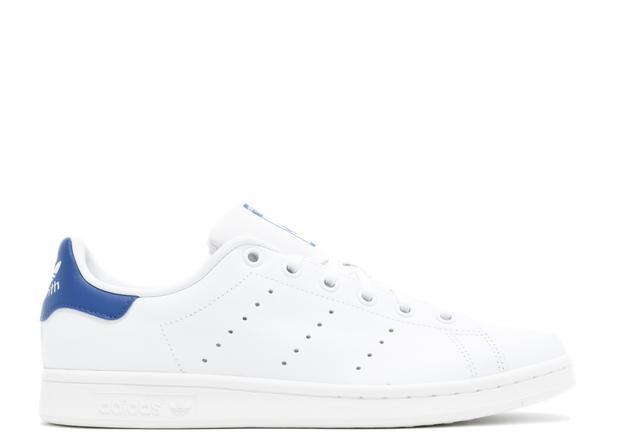 """Hóa ra có một """"người anh, em sinh đôi"""" là mẫu Stan Smith của Adidas, chỉ có giá tầm 1,5 triệu đồng."""