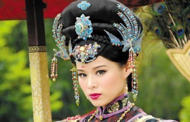 Thâm cung kế : Tạo hình của Hồ Định Hân bị chê  Điểm lại những hoàng hậu có thần thái nhất