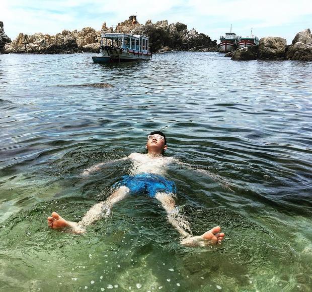 Được ngâm mình trong làn nước trong xanh thì còn gì bằng. Ảnh: @quangtay92
