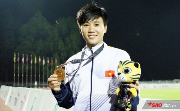 Tuyết Dung - cầu thủ Việt Nam từng lên BBC, trang chủ FIFA và nhiều báo quốc tế.