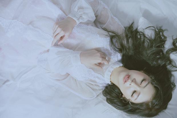 Liz Kim Cương (LIME) vừa ra mắt sản phẩm solo - Phải thật hạnh phúc - kết hợp với Vương Anh Tú