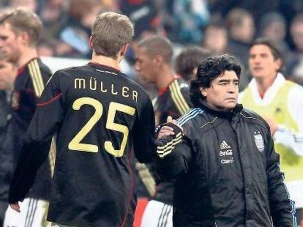 Và Muller đã phá bỏng giấc mơ World Cup của Maradona.