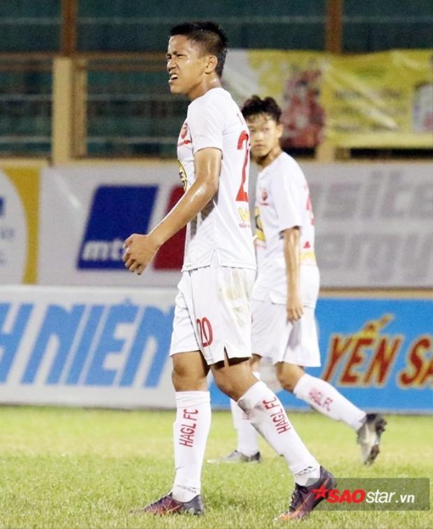 Sao trẻ U19 - Trần Bảo Toàn cũng được cho đi cọ xát ở mùa này.