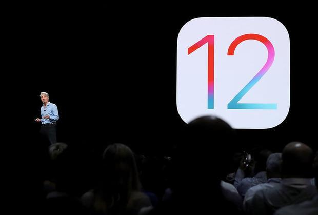 iOS 12 tập trung vào cải thiện tính ổn định và những thay đổi nhỏ hơn là những tính năng lớn hay giao diện người dùng thiết kế lại.