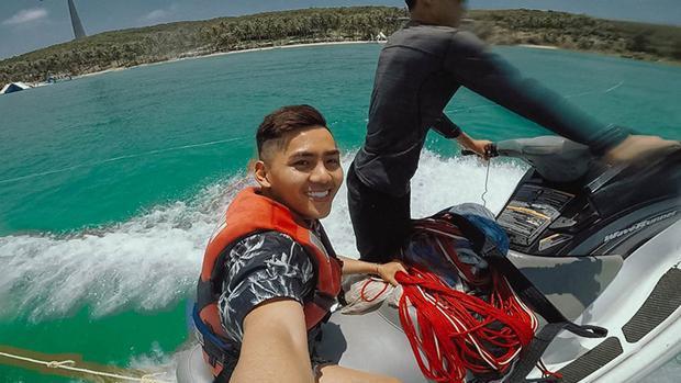 Chàng trai mét 52 khám phá hòn đảo dừa đẹp như postcard