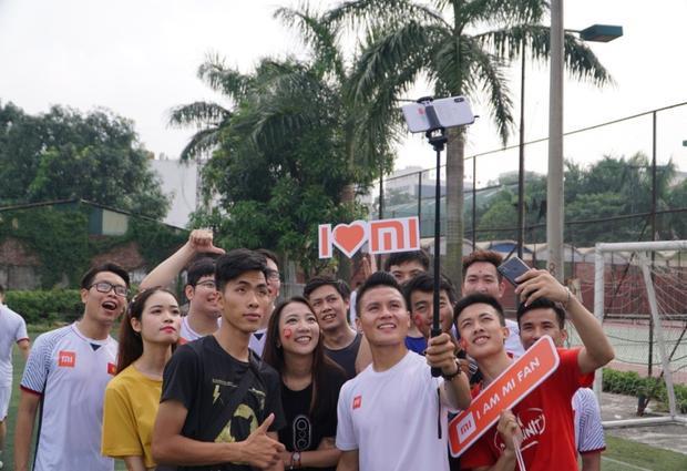 Quang Hải giao lưu cùng Vietnamobile và cộng đồng Mi Fan Hà Nội