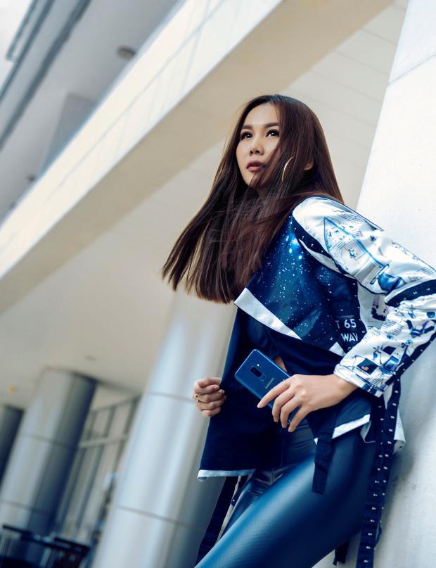 Thanh Hằng tin rằng công nghệ đang góp phần tái định nghĩa trải nghiệm thời trang cho mọi người.