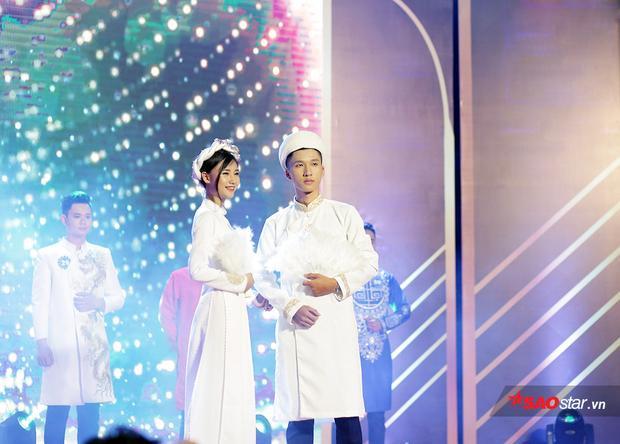Á vương 1 Đỗ Ngọc Sơn sánh bước cùng Nữ đại sứ thể thao Phạm Ngọc Bích