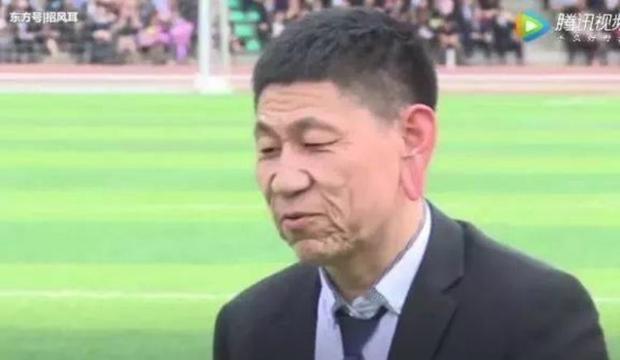 Chỉ mới 18 tuổi nhưng Xiao Cui có khuôn mặt nhăn nheo như một ông cụ. Ảnh:video screengrab