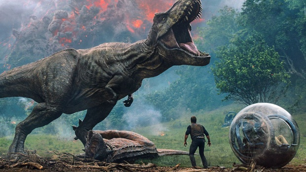 Fallen Kingdom là phần 2 của loạt phim Jurassic World và phần 5 của toàn bộ chuỗi phim Jurassic Park.