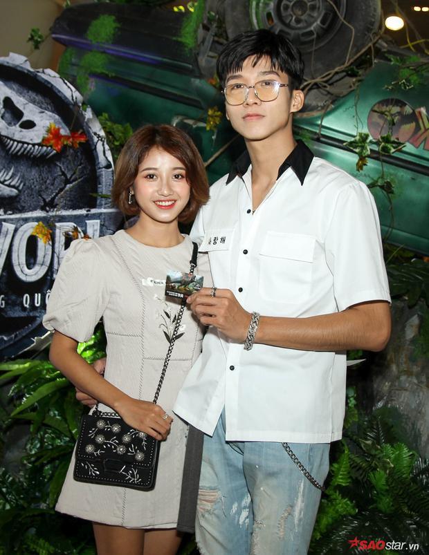 Cặp đôi Trịnh Thảo - Hoàng Sơn nhận được nhiều tình cảm của khán giả trẻ sau 2 bộ phim thanh xuân là Tháng năm rực rỡ và Em gái mưa.