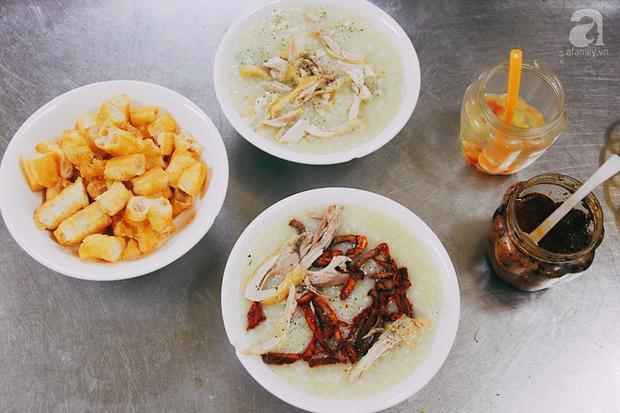 Khám phá món cháo đậu xanh bò khô có 1-0-2 gần 10 năm tuổi trong ngõ Bạch Mai