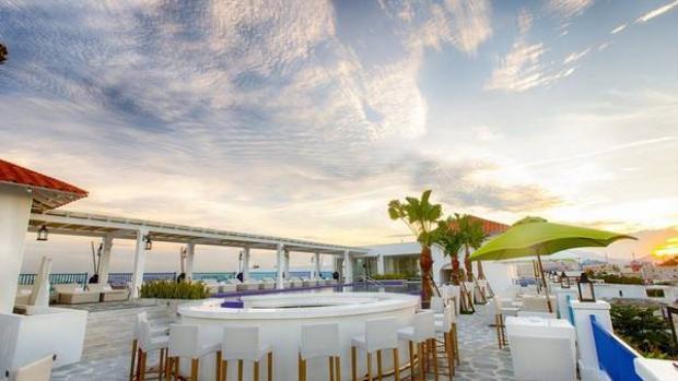 Được thiết kế không khác gì phiên bản Santorini ở Hy Lạp, khi resort ở Đà Nẵng đang là một điểm đến vô cùng thú vị dành cho ngày hè này. Ảnh:@sweetcamelia1122