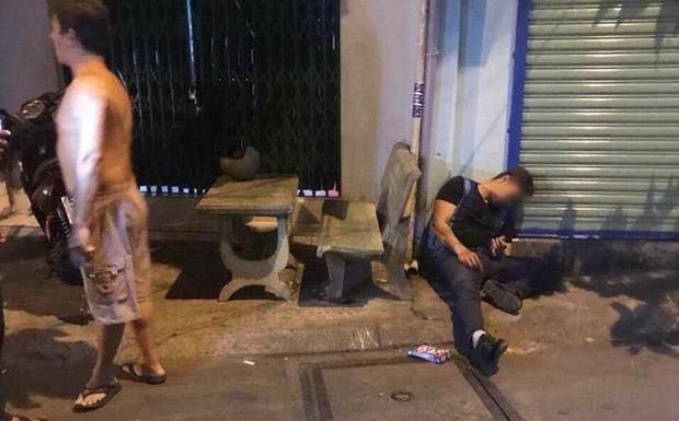 Anh Phong bị bắn trước cửa nhà vào đêm 14/3.
